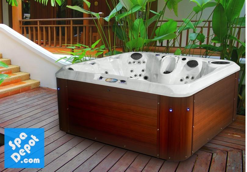 Ultraray Hot Tub