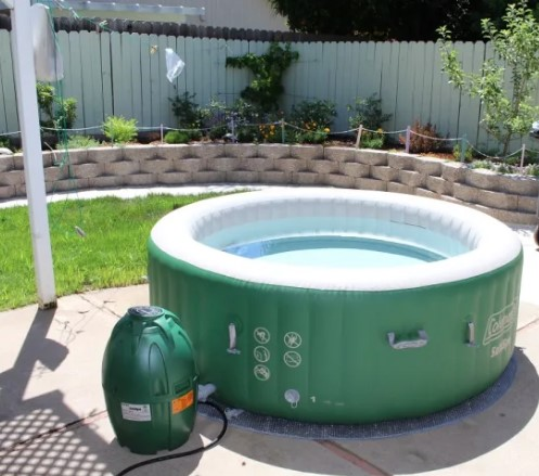 Inflatable tub on back deck